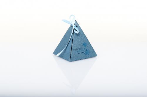 Immagine Piramide blu